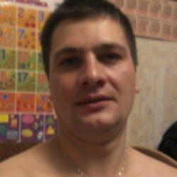 Молодой симпатичный парень, ищу страстную девушку из Москвы и области, любящую секс!